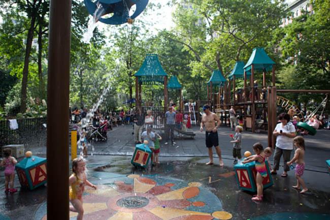 madisonsquarepark_playguard